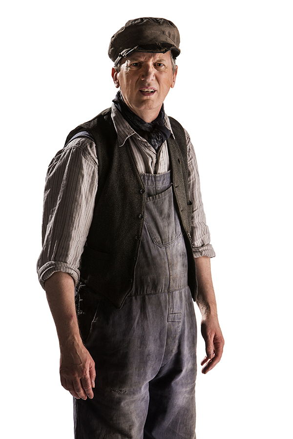 Frank Skinner as Perkins in Doctor Who episode Mummy on the Orient Express